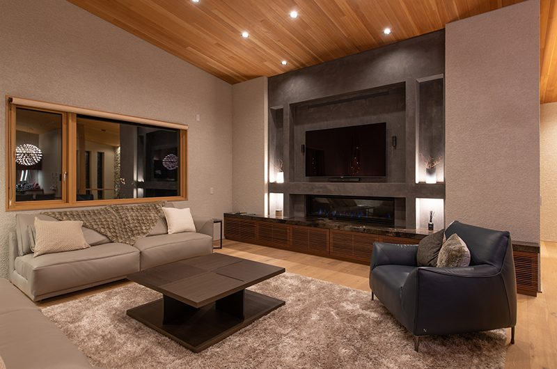 Soseki Living Room | Hirafu, Niseko | Ministry of Chalets