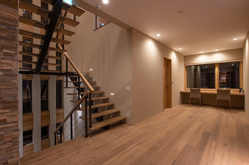 Soseki Stairs | Hirafu, Niseko | Ministry of Chalets