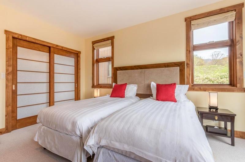 Yukimi Twin Bedroom Area | Hirafu, Niseko | Ministry of Chalets
