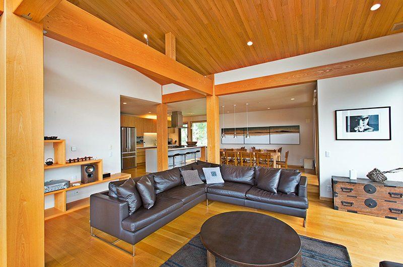 Seshu Living Area | Hirafu, Niseko | Ministry of Chalets